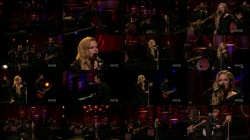 Avril Lavigne - Conan - 11-11-13 (performance)