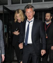Sean Penn - Charlize Theron and Sean Penn - seen leaving Royal Festival Hall. London - February 16, 2015 (153xHQ) Cov9Z30O