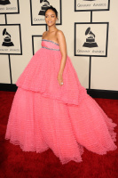 Rihanna  57th Annual GRAMMY Awards in LA 08.02.2015 (x79) updatet DZoQA953