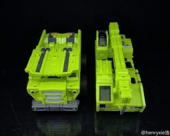 [Toyworld] Produit Tiers - Jouet TW-C Constructor aka Devastator/Dévastateur (Version vert G1 et jaune G2) - Page 7 H4hRrIxW