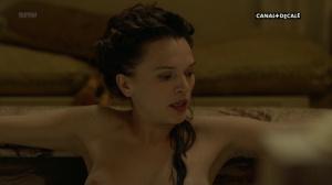 Anna Brewster, Hannah Arterton @ Versailles s02 (FR 2017) [1080p HDTV] 779QrHNn