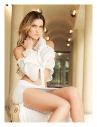 Veronica Montes 5