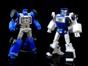 [X-Transbots] Produit Tiers - Minibots MP - Gamme MM - Page 6 8OJe4SaN