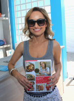 Giada De Laurentiis - 2016 Food Network & Cooking Channel South Beach Wine & Food Festival in Miami Beach (2/27/16)