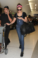 Nina Dobrev at LAX Airport (March 27) 8AxBEuXp