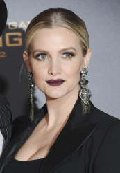 Ashlee Simpson - The Hunger Games: Mockingjay - Part 2 Los Angeles Premiere @ Microsoft Theater in Los Angeles 11/16/15