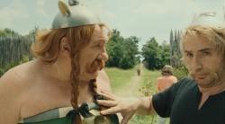 Asterix i Obelix: W s�u�bie Jej Kr�lewskiej Mo�ci / Ast?rix et Ob?lix: Au Service de Sa Majest? (2012) PLDUB.DVDRip.XviD-J25 | Dubbing PL +RMVB +x264