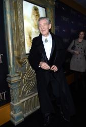 Ian McKellen - 'The Hobbit An Unexpected Journey' New York Premiere benefiting AFI at Ziegfeld Theater in New York - December 6, 2012 - 28xHQ E9vZwaZA