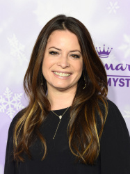 Holly Marie Combs - Hallmark Channel & Hallmark Movies & Mysteries Winter 2016 TCA Press Tour @ Tournament House in Pasadena - 01/08/16