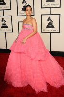 Rihanna  57th Annual GRAMMY Awards in LA 08.02.2015 (x79) updatet VLLXYDrj
