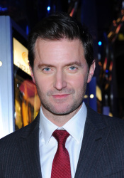 Richard Armitage - The Hobbit An Unexpected Journey - Canadian Premiere - Toronto, December 3, 2012 - 10xHQ ZURLfmA2