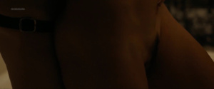 Natalie Krill, Erika Linder, Mayko Nguyen @ Below Her Mouth (CA 2016) [HD 1080p WEB]  3DEuLikl