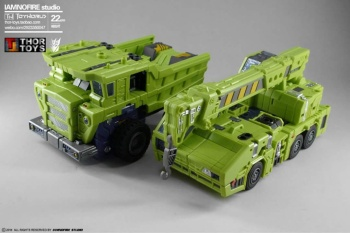 [Toyworld] Produit Tiers - Jouet TW-C Constructor aka Devastator/Dévastateur (Version vert G1 et jaune G2) - Page 7 Qi8QDITt