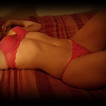 Mariana... calzas, conjuntito rojo y duchita!