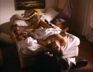 Kari Wuhrer @ Beyond Desire (US 1995)  TeT9lxd1