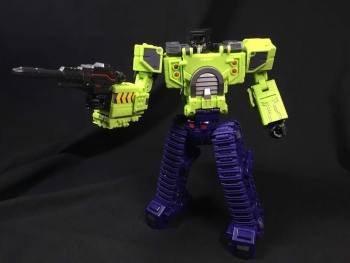 [Toyworld] Produit Tiers - Jouet TW-C Constructor aka Devastator/Dévastateur (Version vert G1 et jaune G2) - Page 3 UQc9V4U7