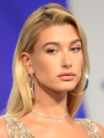 Hailey Baldwin -              MTV Video Music Awards Los Angeles August 27th 2017.