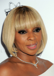 Mary J. Blige - Stella McCartney Autumn 2016 Presentation @ Amoeba Music in Los Angeles - 01/12/16