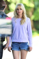 Anna Faris - On the set of 'Overboard' in Vancouver 6/6/17