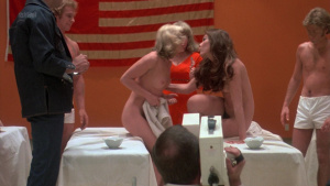 Simone Griffeth, Louisa Moritz, Roberta Collins, Mary Woronov @ Death Race 2000 (US 1975) [HD 1080p] SvNzamI1