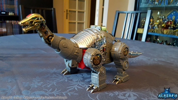 [Fanstoys] Produit Tiers - Dinobots - FT-04 Scoria, FT-05 Soar, FT-06 Sever, FT-07 Stomp, FT-08 Grinder - Page 9 TIi8W5qi