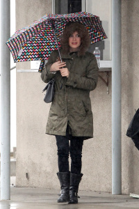 Rachel Bilson - Braves The Rain For a Meeting at Hollywood Studio - February 3rd 2017