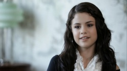 Selena Gomez - Girl Meets World Extended Edition 480p SDMania