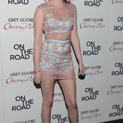 Kristen Stewart - Imagenes/Videos de Paparazzi / Estudio/ Eventos etc. - Página 31 AbhdxOag