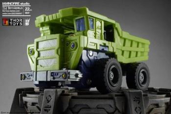 [Toyworld] Produit Tiers - Jouet TW-C Constructor aka Devastator/Dévastateur (Version vert G1 et jaune G2) - Page 7 UznquKii