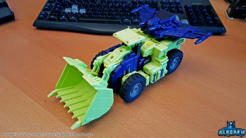 [Toyworld] Produit Tiers - Jouet TW-C Constructor aka Devastator/Dévastateur (Version vert G1 et jaune G2) - Page 6 V0YUwlyX
