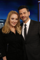 Wendi McLendon-Covey - Jimmy Kimmel Live: January 18th 2017