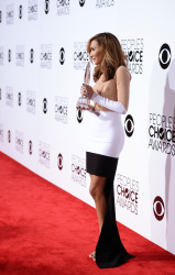 Naya Rivera - 40th Annual People's Choice Awards at Nokia Theatre L.A. 08-01-2014  39x updatet Acec5uko