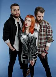 Paramore (Hayley Williams,  Jeremy Davis, Taylor York) - Chris McAndrew Photoshoot for The Guardian (February, 2013) - 35xHQ U77uTkDG