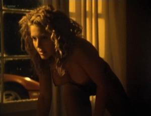 Kari Wuhrer @ Beyond Desire (US 1995)  TVAQvXXG