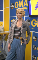 Jenna Elfman - Good Morning America: March 29th 2017