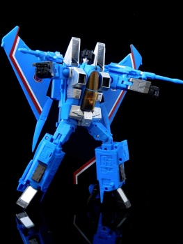 [Masterpiece] MP-11T Thundercracker/Coup de tonnerre (Takara Tomy et Hasbro) - Page 2 JY5r7enU