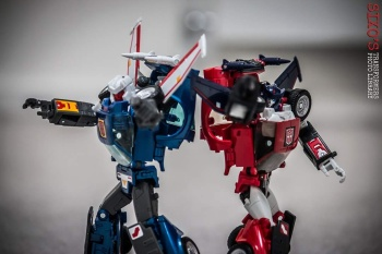 [Masterpiece] MP-25L LoudPedal (Rouge) + MP-26 Road Rage (Noir) ― aka Tracks/Le Sillage Diaclone - Page 2 LSsmi4Bp