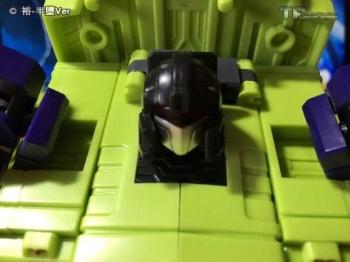[Toyworld] Produit Tiers - Jouet TW-C Constructor aka Devastator/Dévastateur (Version vert G1 et jaune G2) - Page 6 RdrkCVC6