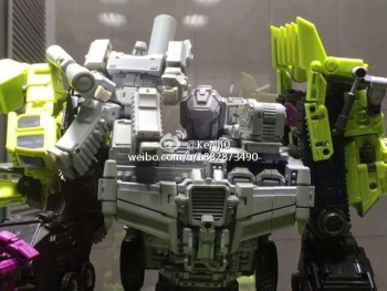 [Generation Toy] Produit Tiers - Jouet GT-01 Gravity Builder - aka Devastator/Dévastateur - Page 2 JlAtb1es