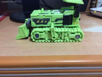 [Toyworld] Produit Tiers - Jouet TW-C Constructor aka Devastator/Dévastateur (Version vert G1 et jaune G2) - Page 4 D6z1mI9k