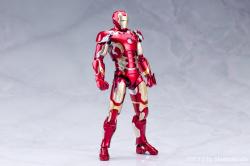 Iron Man (S.H.Figuarts) - Page 3 OqIvXuvl