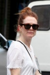 Julianne Moore Shops in the West Village July 2-2015 x23
