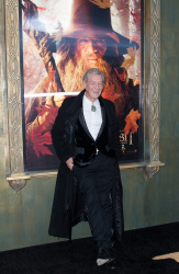 Ian McKellen - 'The Hobbit An Unexpected Journey' New York Premiere benefiting AFI at Ziegfeld Theater in New York - December 6, 2012 - 28xHQ PyAPYG9W
