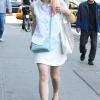 Dakota Fanning / Michael Sheen - Imagenes/Videos de Paparazzi / Estudio/ Eventos etc. - Página 6 AbiSlc9i