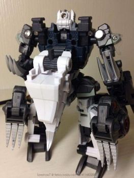 [FansProject] Produit Tiers - Jouet Saurus Ryu-oh aka Dinoking (Victory) | Monstructor (USA) - Page 2 LtmlT2lV