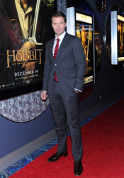 Richard Armitage - The Hobbit An Unexpected Journey - Canadian Premiere - Toronto, December 3, 2012 - 10xHQ Rm9arTPd
