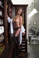 Nackt hardt sarah helen 60 Sexy