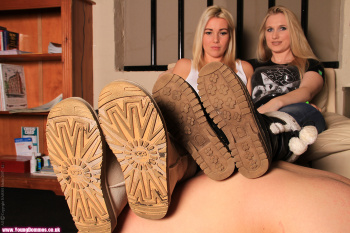 young dommes in ugg