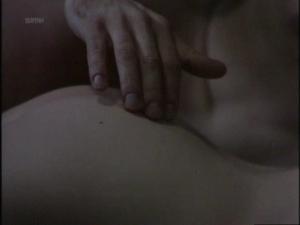 Suzanne Reuter, Angelica Lundqvist @ Ringlek s01 (SWE 1982)  CQRVHRBj