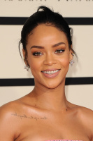 Rihanna  57th Annual GRAMMY Awards in LA 08.02.2015 (x79) updatet QMQreVnQ